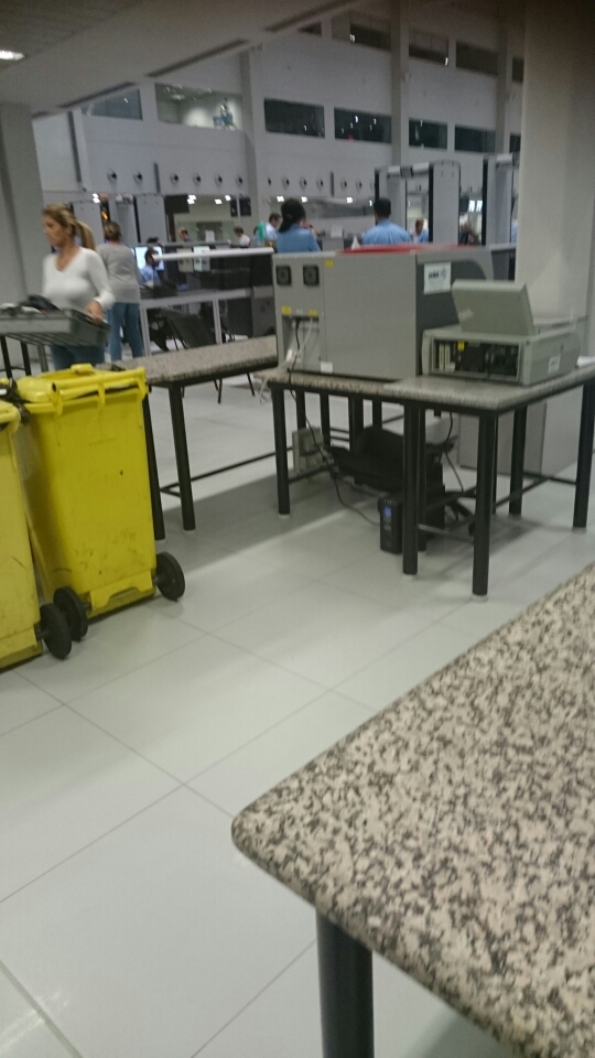 Breaking news: detectoare noi la Otopeni
