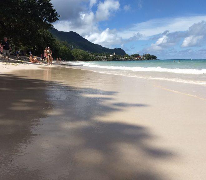 2.4 Plaja Beau Valon