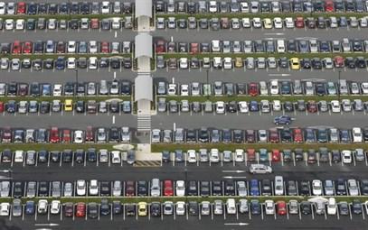 E parcarea prea scumpa?