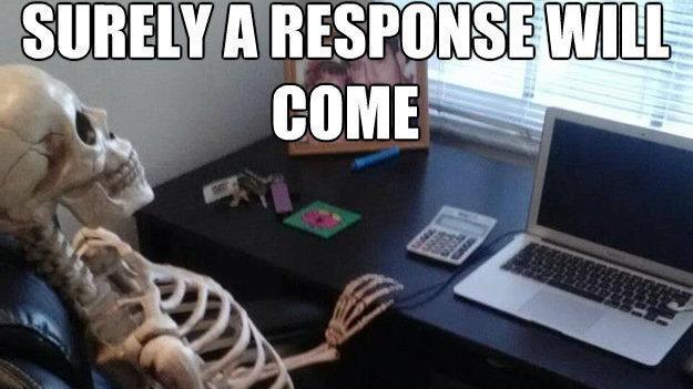Încă așteptând un răspuns.