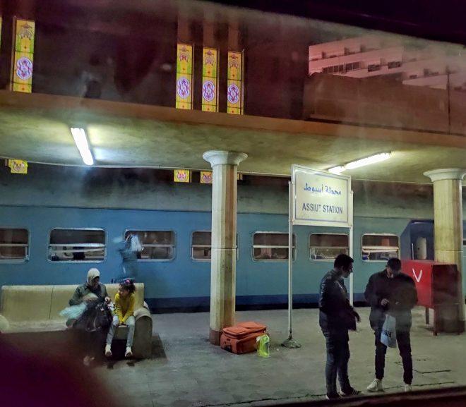 Egipt 6. Cu trenul către Asuan.